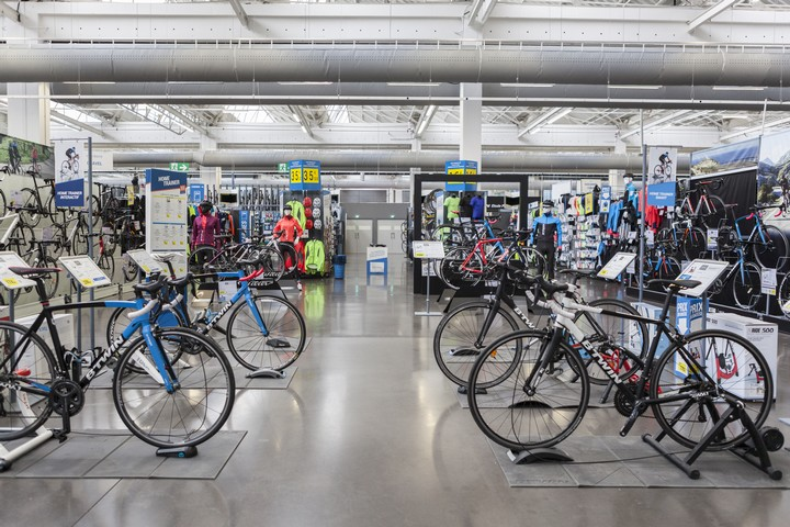 Magasin Decathlon Btwin Village